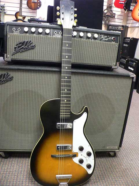 Airline/Harmony Stratotone 1959-60 - SOLD